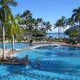 カウアイ島の超豪華なホテルのプール。